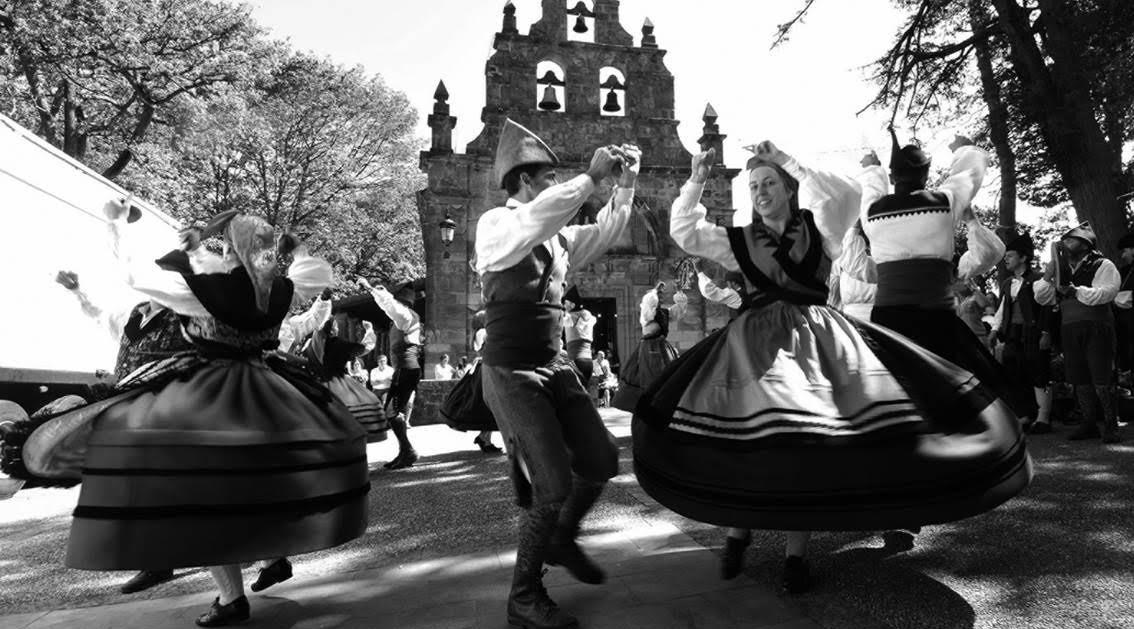 Agrupación d´Etnografía y Folclor REIJA de Llangreu